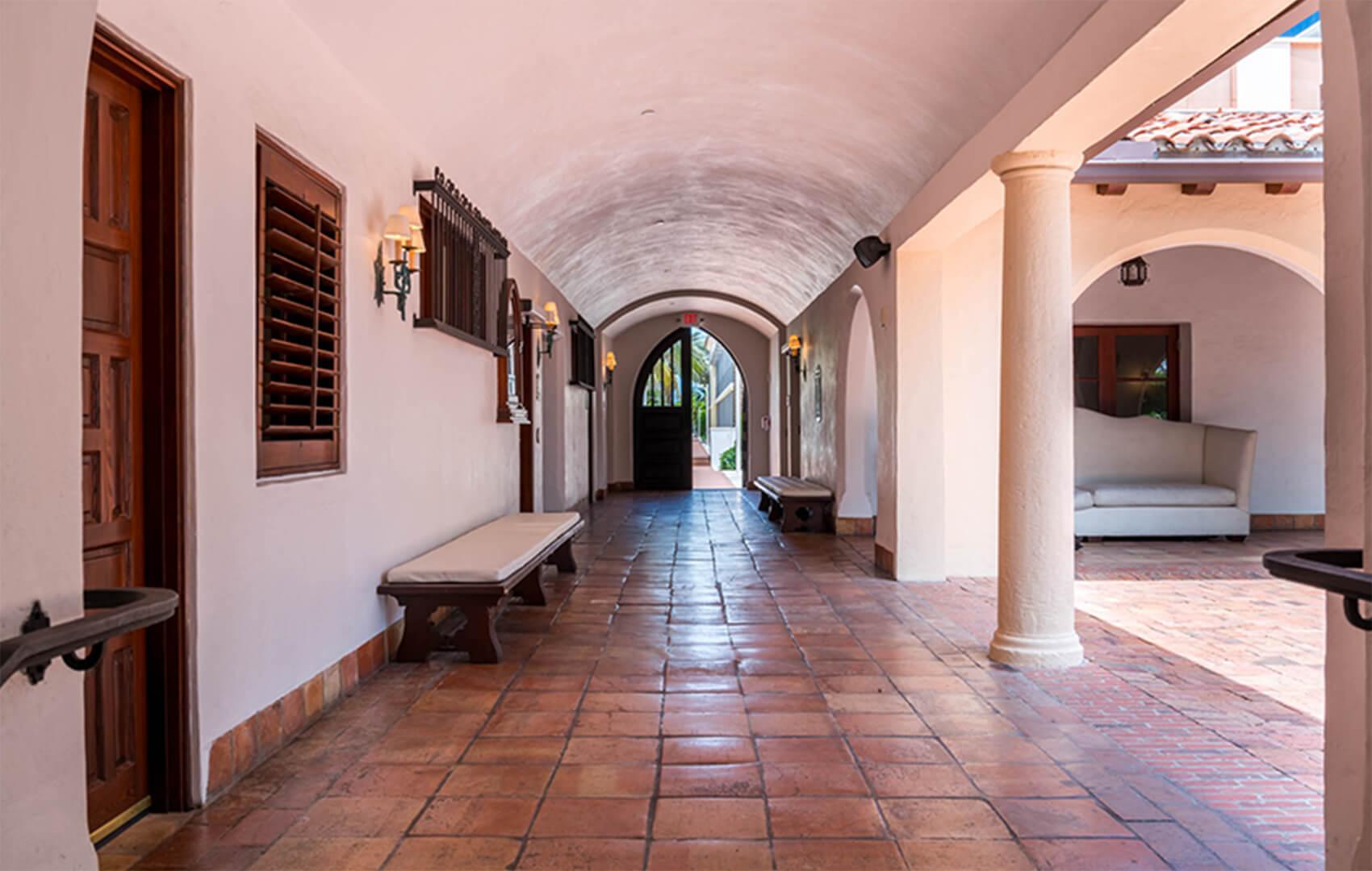 Main Hallway@2x